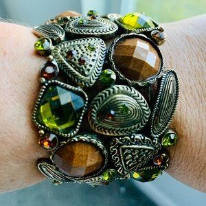 Fashion embellished cuff